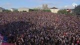 20.000 Icelanders applauding their team