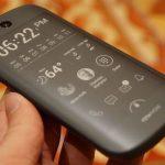 YotaPhone 2: Το πρώτο κινητό με οθόνη ηλεκτρονικού μελανιού