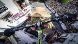 Θεαματική κατάβαση με mountain bike στο Μεξικό