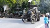Ένα κομβόι από οχήματα ατμού του 1ου παγκοσμίου πολέμου