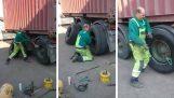 Neumático cambio remolque en tres minutos