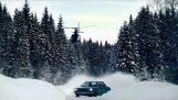 Σε ένα χιονισμένο δρόμο της Νορβηγίας…