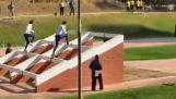 Incredibile le barriere di razza dai soldati in Cile