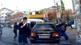野人在韩国的驱动程序之间的争吵!