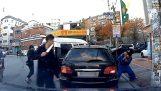 Divoši hádky mezi ovladači, v Koreji!