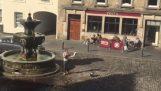 Η Σκωτσέζικη μέθοδος για να σωπάσεις έναν ιεροκήρυκα