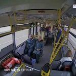 Οδηγός λεωφορείου αποκοιμιέται στο τιμόνι