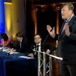Ο Stephen Fry μιλά για την επιστροφή των μαρμάρων του Παρθενώνα