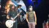 Kiss Guy (YAYO Sanchez) plays Monkeywrench w/ Foo Fighters Austin TX 4-18-18