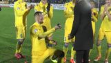 "Footballer ""Rostov"" made a proposal to his girlfriend on the football field"