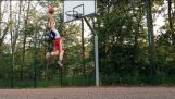 1,73 m Kid Dunks After 6 Months Of Training