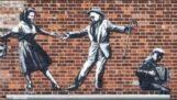 Ο Banksy κάνει γκράφιτι κρυφά στο Suffolk και το Norfolk της Αγγλίας