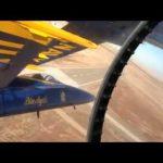 """Η μοίρα αεροπορικών επιδείξεων """"Blue Angels"""" σε πολύ στενό σχηματισμό"""