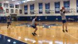 L'allenatore John Calipari lancia una sfida a Tyler Herro