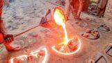 Odlewanie metali w formach (Indie)