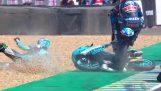 Motogp クラス: 彼は倒れた自転車を飛び越え、レースを続けました