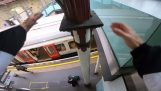 Metro vs. parkour