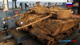 Restoration of an M4 Sherman tank from the seabed