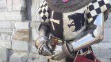 Jak nosí brnění 14. století