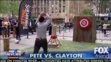 Fox News Hosts hity muž w sekera kiksy novinky