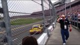 La carrera de Daytona 500 cerca