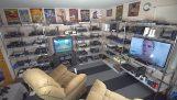 Μια τεράστια συλλογή από βιντεοπαιχνίδια και κονσόλες