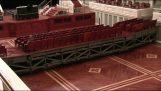 """Μια αίθουσα συναυλιών """"καταπίνει"""" τα καθίσματα"""