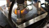 coperchio trasparente in moto del motore