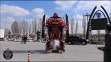 Ένα πραγματικό αυτοκίνητο Transformer