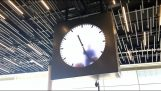The unusual clock at Amsterdam Airport