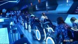 Impressionante rolo Tron, na Disneyland em Xangai
