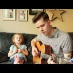 """Ένας μπαμπάς και η 4χρονη κόρη του τραγουδούν το """"You've Got a Friend In Me"""""""