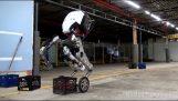 Το νέο εντυπωσιακό ρομπότ της Boston Dynamics