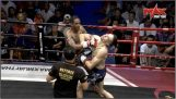 Double knock-down in de strijd Muay Thai