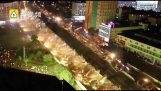 200 багер разрушаване надлез през нощта (Китай)