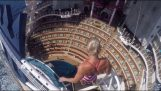 buceo en la piscina impresionante crucero