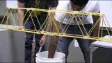 Brücken von Spaghetti