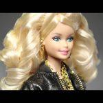 Απρόσμενος πρωταγωνιστής σε νέα διαφήμιση της Barbie