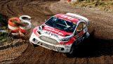 Θεαματική προσπέραση σε αγώνα Rallycross