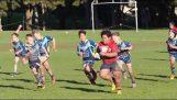 Un des 9- joueur de rugby aplatit ses adversaires