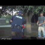 Αστυνομικός σώζει τη ζωή ενός μικρού παιδιού