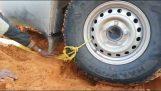 Comment xekollas votre voiture dans le sable du désert;