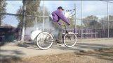 Κλέφτες ποδηλάτων εναντίον αερόσακου