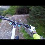 Δοκιμάζοντας την εντυπωσιακή ποδηλατική διαδρομή του Red Bull Hardline