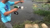 Cele mai ciudate metode de pescuit
