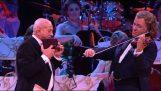 """André Rieu e Gheorghe Zamfir numa magnífica interpretação de """"Pastor solitário"""""""