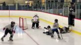 Schwieriger Eingang für kleine Eishockeyspieler
