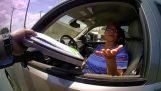 אשת 65chroni מסרבת לשלם שיחה (ארצות הברית)