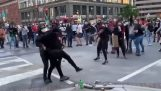 Manifestantes entregan disturbios a la policía