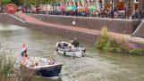 Hvordan en stor motorvej blev omdannet til en kanal (Utrecht)